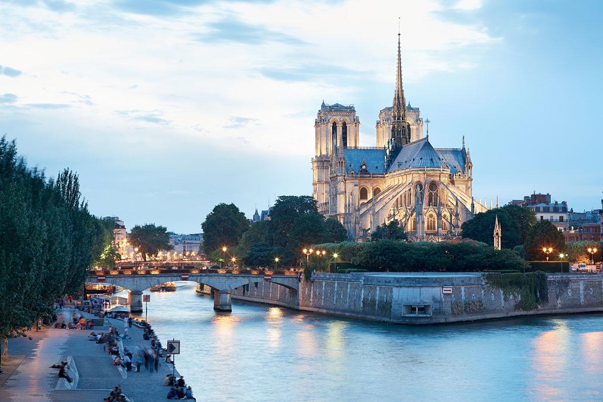 Quel Ville Visite A Paris